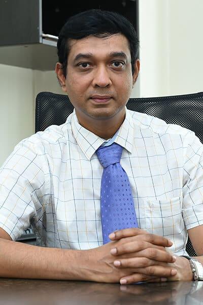 Dr. Jallaluddin Akbar